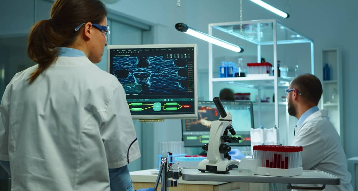 https://www.smedix.com/production/wp-content/uploads/2020/11/team-of-medical-research-scientists-using-modern-technology-1200x640.jpg